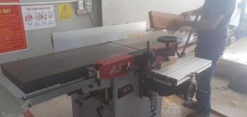 Công ty Nội thất Detail sử dụng Máy liên hợp đa chức năng Bào thẩm - Bào cuốn - Đục mộng Hammer A3 41