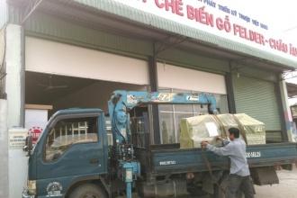 Khách hàng tại Quận 7, Tp. Hồ Chí Minh sử dụng Máy cưa bàn...