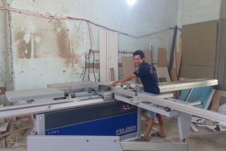 Khách hàng ở Quận Thủ Đức sử dụng máy chế biến gỗ Felder:...