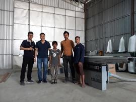 Công ty Panel Fitting tại Phnom Penh, Campuchia sử dụng Máy cưa bàn trượt Felder K540 S